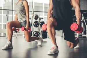 entrenamiento piernas con mancuernas